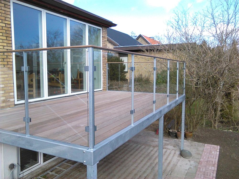 Glas Terrasse hegn med glas i specialdesign fra design
